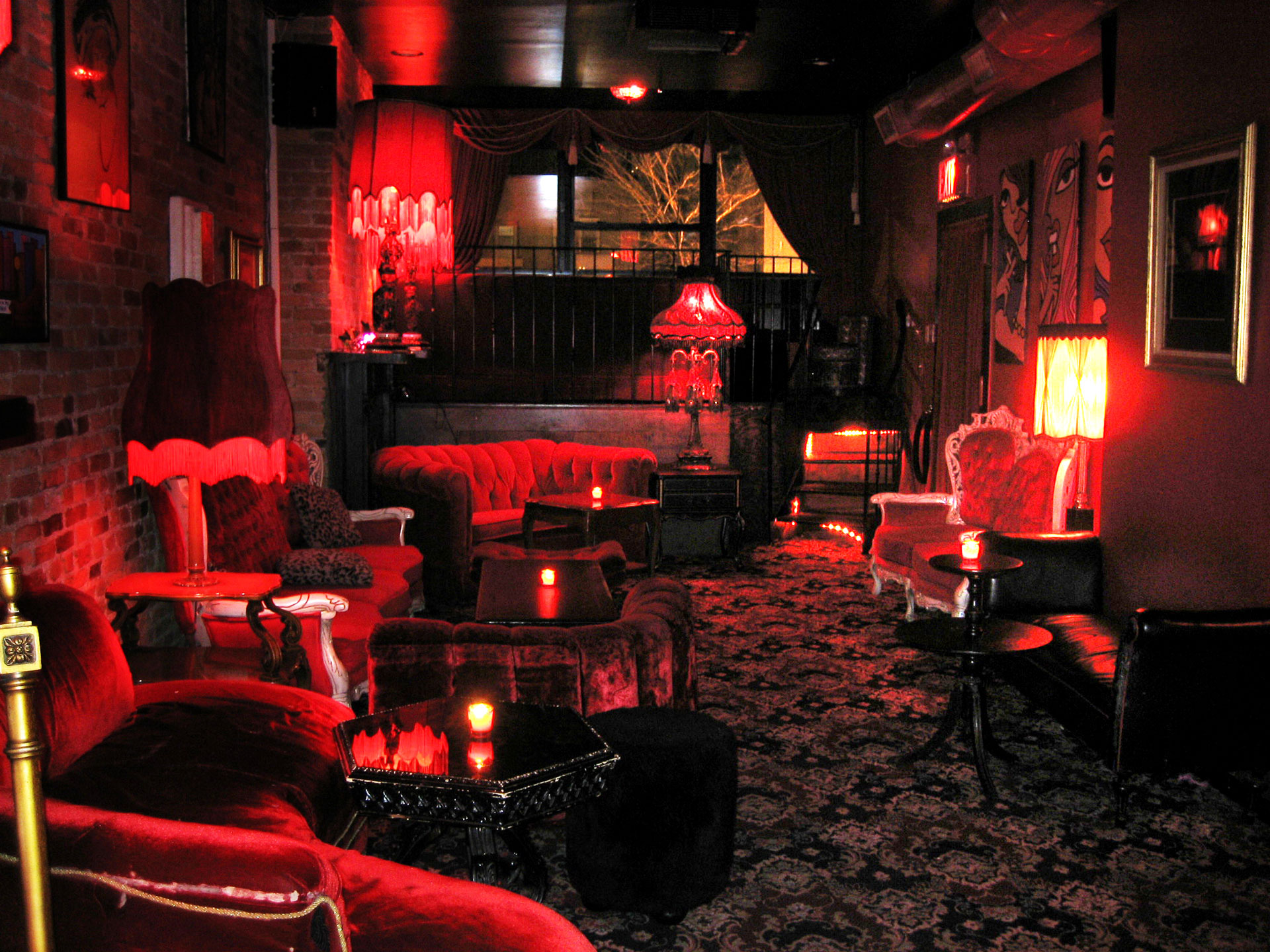 Salon Rouge (Lounge) - Madame X